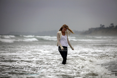 Girl Senior Photo Posing Ideas Inspiration Best Women's Beach Photoshoot San Diego Malibu Venice Beach California Celebrity & Award Winning Photographer Monica Kane Stewart 15th Street Photography